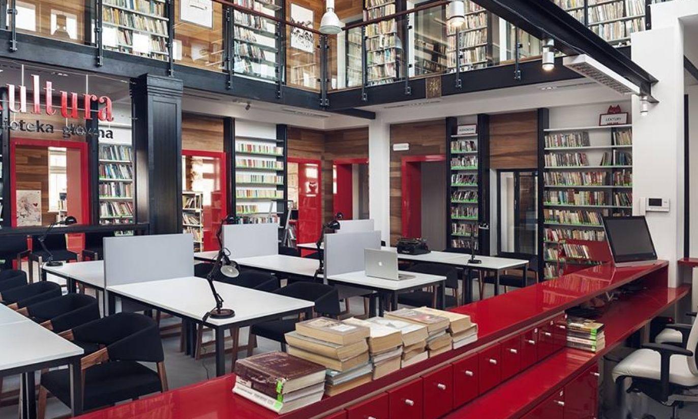 Tak wygląda biblioteka wkomponowana w dworzec