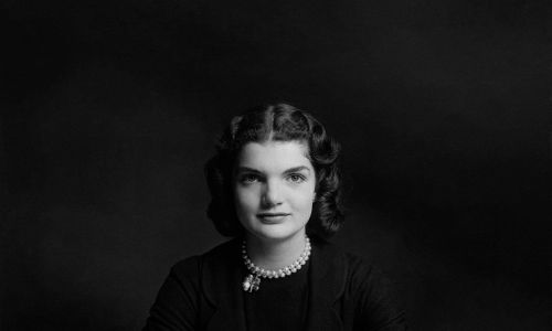 Jacqueline Bouvier w 1951 roku. Fot. Richard Rutledge/Condé Nast via Getty Images
