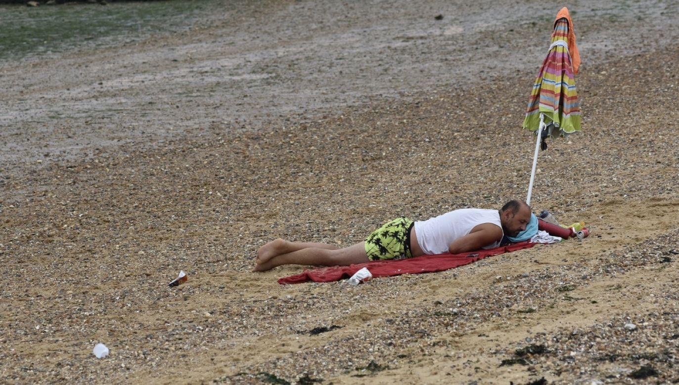 Sekret regenerującego nocnego wypoczynku kryje się nie w potrawach, a w napojach (fot. John Keeble/Getty Images)