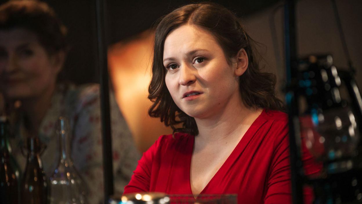 W roli ich córki, Justyny, wystąpiła debiutująca w Teatrze Telewizji Edyta Januszewska (fot. TVP)
