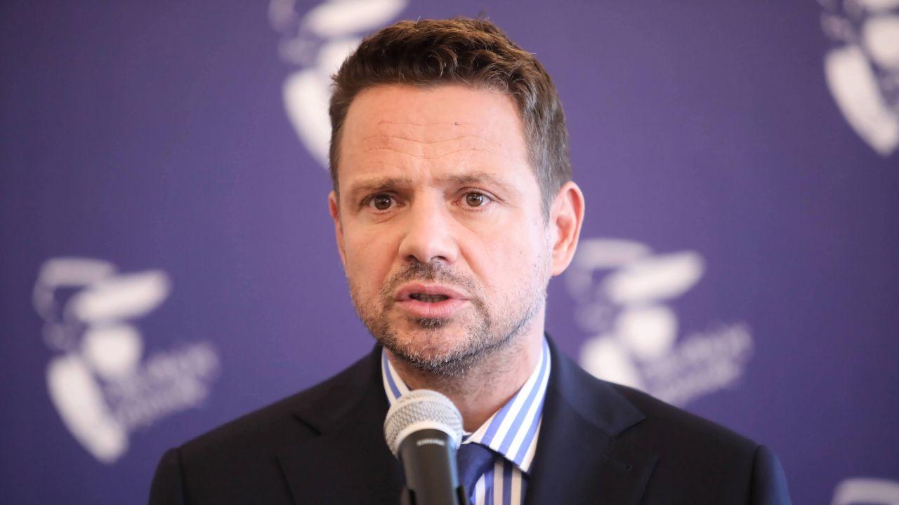 Rafał Trzaskowski mówi o ulicy Lecha Kaczyńskiego (fot. arch. PAP/Wojciech Olkuśnik)