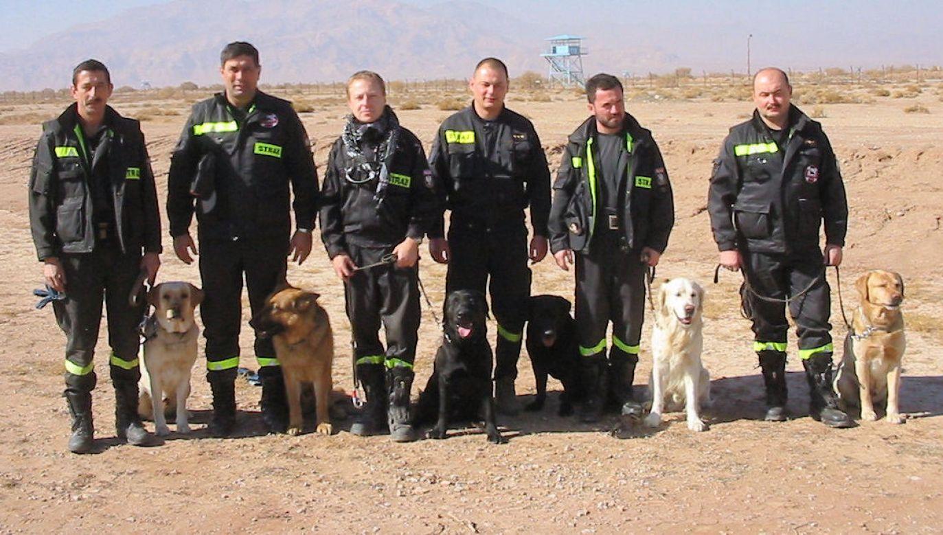 Akcja ratownicza w Iranie.  Fot. zbiór prywatny Krzysztofa Grucy