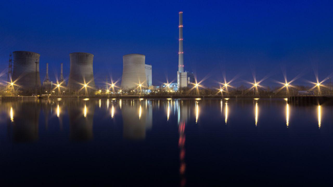 Budowa elektrowni atomowej to ogromna inwestycja (fot. Pexels)