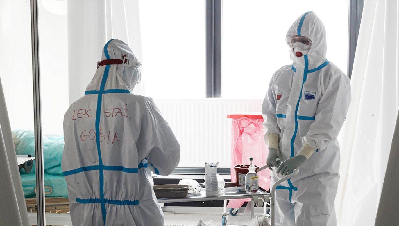 Raport o epidemii koronawirusa w Polsce (fot. PAP/Aleksander Koźmiński)