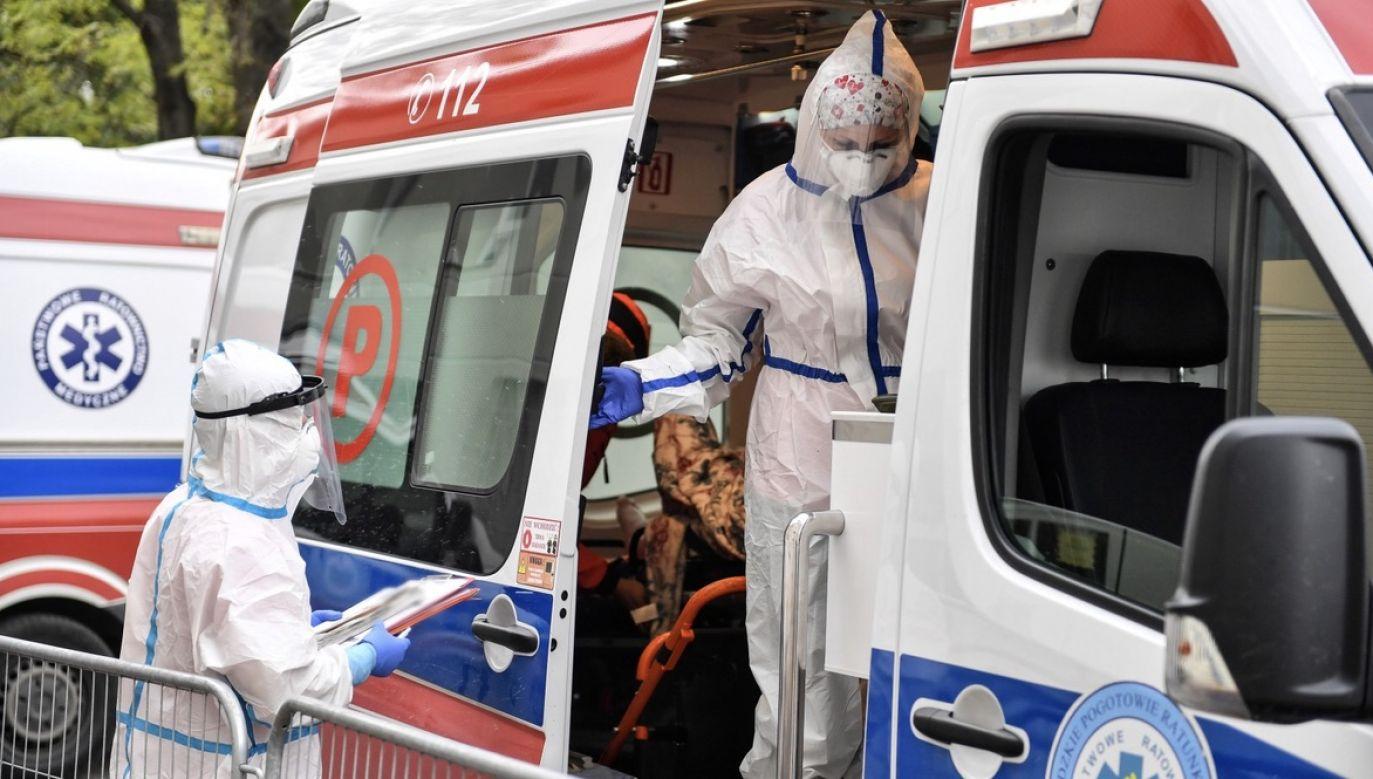 Blisko 11 tys. osób jest hospitalizowanych – najwięcej od początku epidemii (fot. PAP/Wojtek Jargiło)
