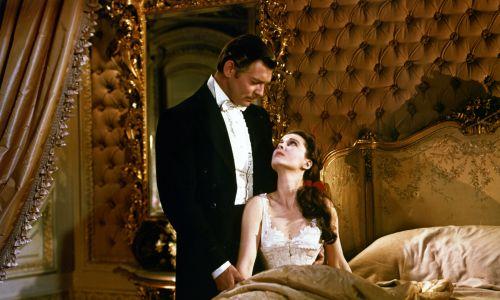 Na tle okrucieństw  wojny secesyjnej rozgrywa się historia wielkiej miłości Rhetta Butlera do pięknej Scarlett. Fot. Silver Screen Collection/Archive Photos/Getty Images
