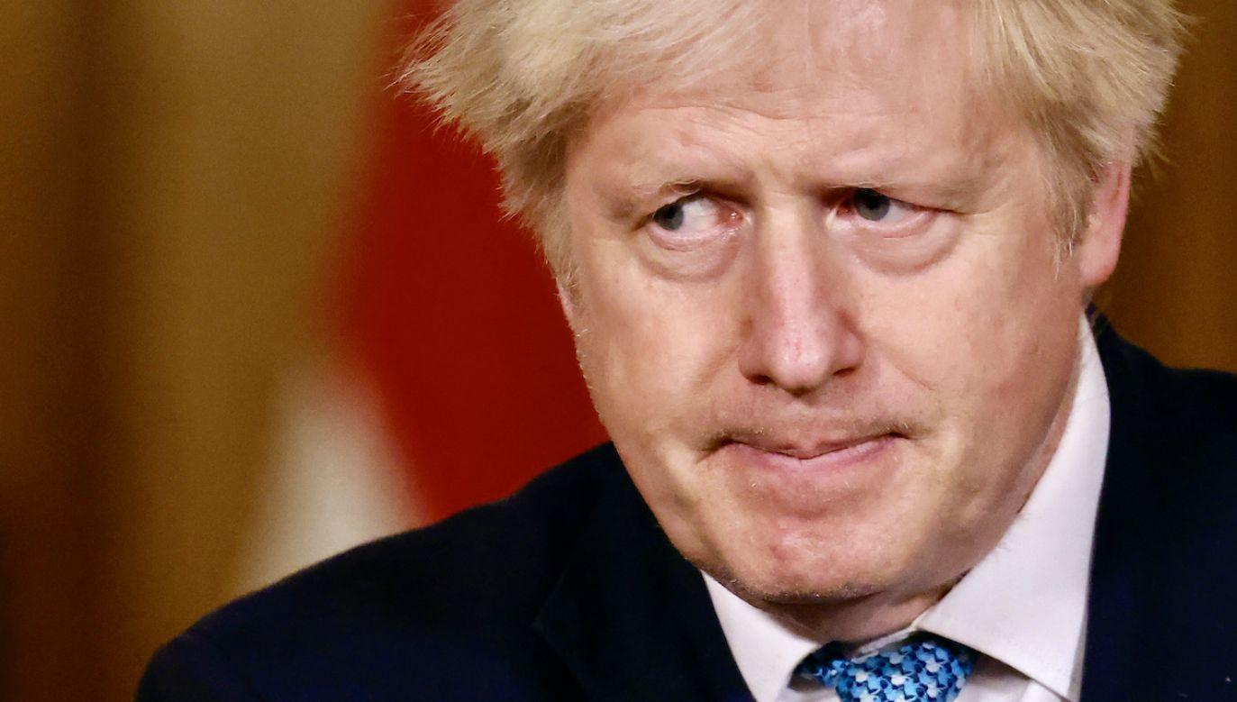 Boris Johnson zasugerował opóźnienie zniesienia obostrzeń (fot. Tolga Akmen/WPA Pool/Getty Images)