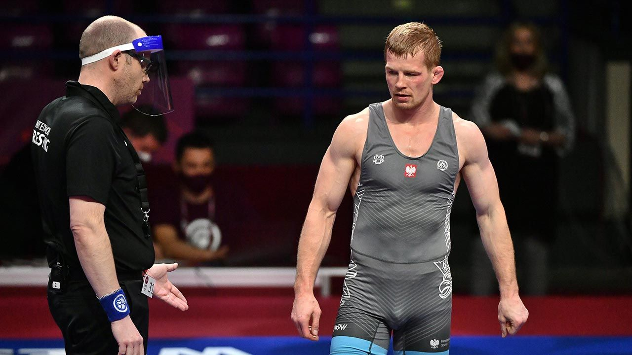 W finale Krzysztof Bieńkowski przegrał z Zagirem Szakijewem (fot. PAP/Andrzej Lange)