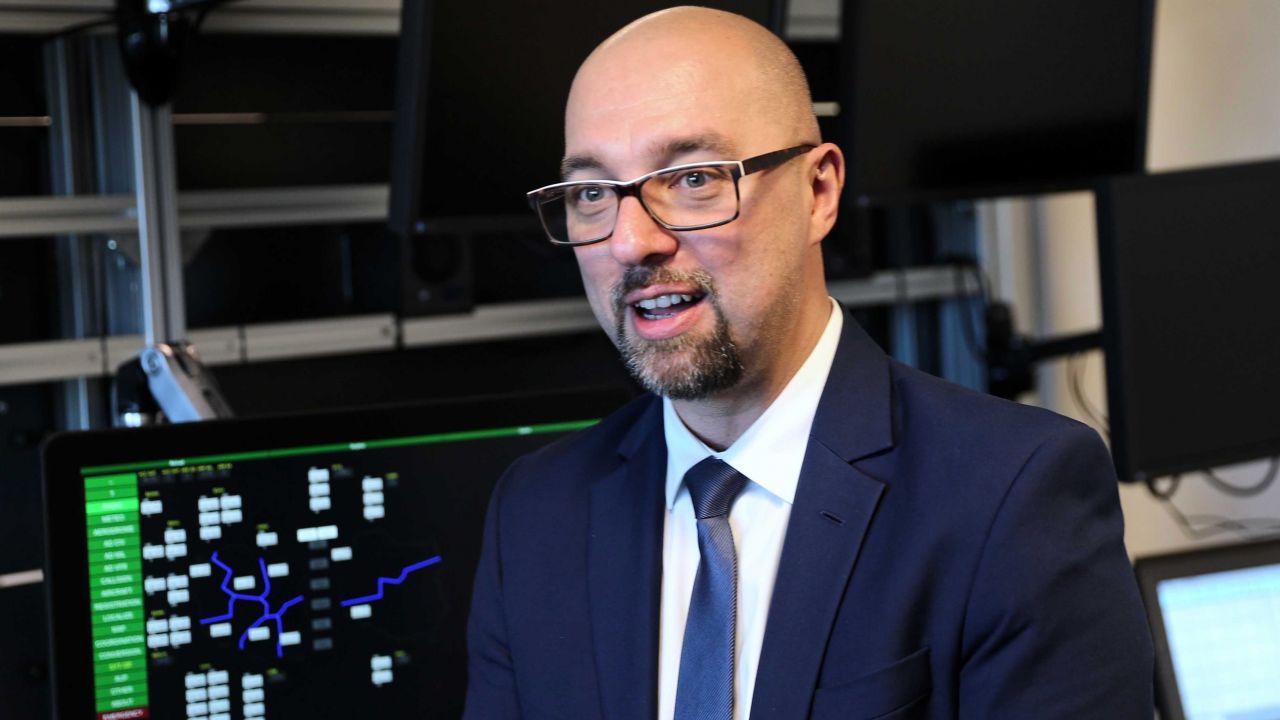 Prezes PAŻP Janusz Janiszewski (fot. PAP/Andrzej Grygiel)