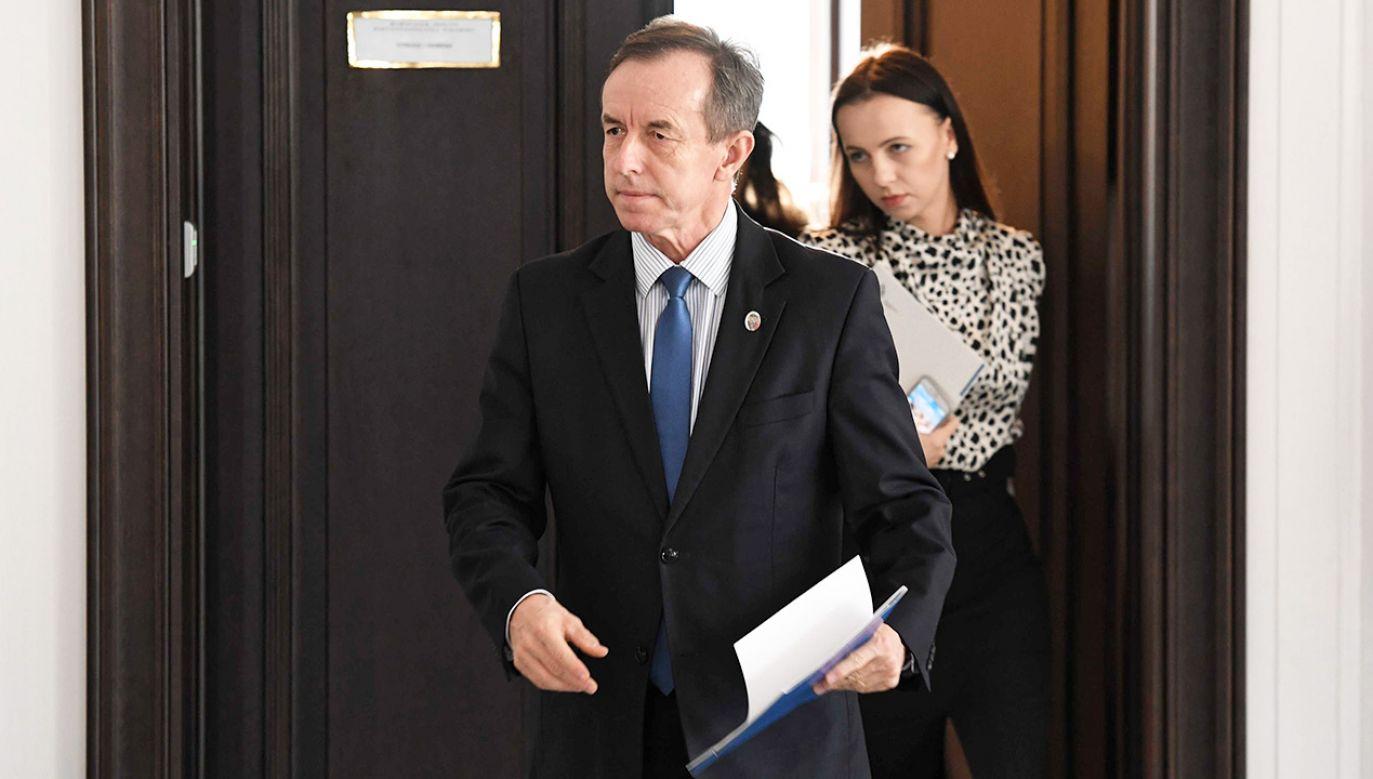 Politycy PiS przypuszczają, że przejęty przez opozycję Senat będzie wykorzystywany do tworzenia alternatywnego państwa (fot. PAP/Piotr Nowak)