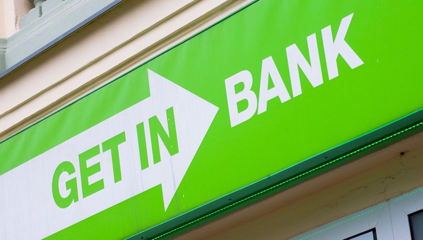 Getin Noble Bank stosuje klauzule niedozwolone we wzorcach aneksów do umów kredytów hipotecznych indeksowanych do euro i franka szwajcarskiego (fot. NurPhoto/NurPhoto via Getty Images)