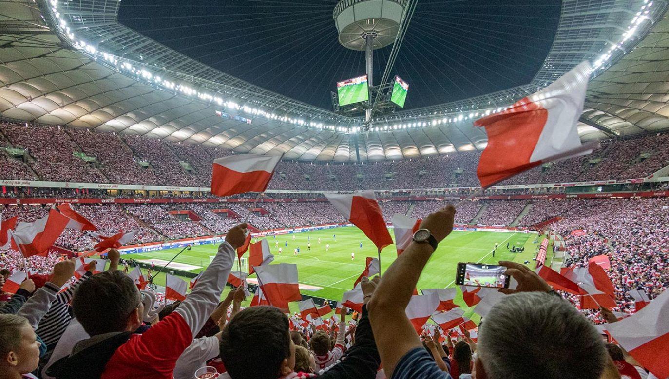 Mecz Polaków z Anglikami oglądało z trybun ponad 56 tysięcy kibiców (fot. Foto Olimpik/NurPhoto via Getty Images)