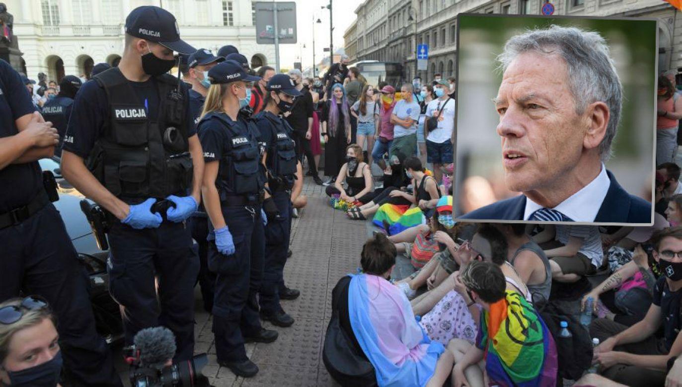 To kolejna wypowiedź polityka KO, która podgrzewa atmosferę protestów (fot. PAP/Radek Pietruszka; Mateusz Wlodarczyk/NurPhoto via Getty Images)