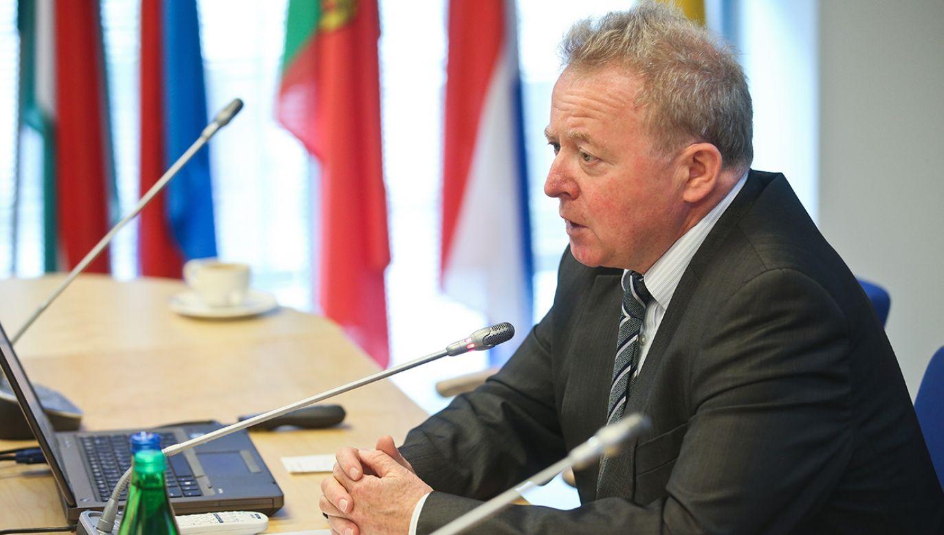 Kandydat na komisarza UE ds. rolnictwa Janusz Wojciechowski spotkał się we wtorek w PE w Strasburgu z delegacją europosłów PO–PSL (fot. arch. PAP/Rafał Guz)