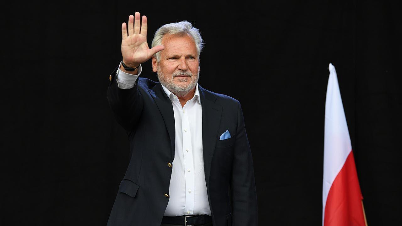 Były prezydent Aleksander Kwaśniewski zabrał głos ws. Funduszu Odbudowy (fot. PAP/Adam Warżawa)