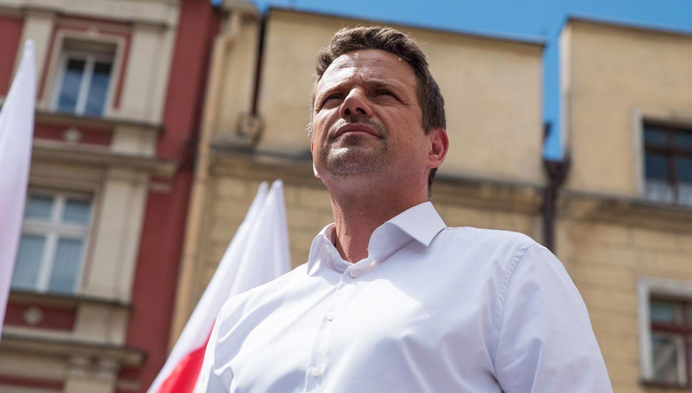 Prezydent Warszawy Rafał Trzaskowski rozważa odejście z ratusza (fot. Forum/Damian Lugowski)
