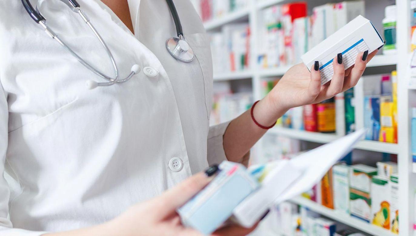 O to, by pacjenci nie kupowali leków na zapas apelował niedawno samorząd lekarski (fot. Shutterstock/Aleksandar Karanov)