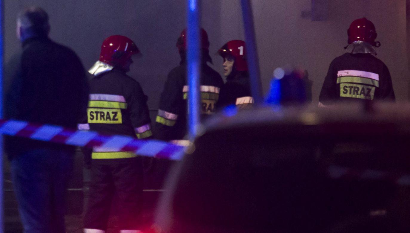 Pożar ogarnął hale o łącznej powierzchni ok. 3,2 tys. m kw. (fot. PAP/Aleksander Koźmiński, zdj. ilustracyjne)