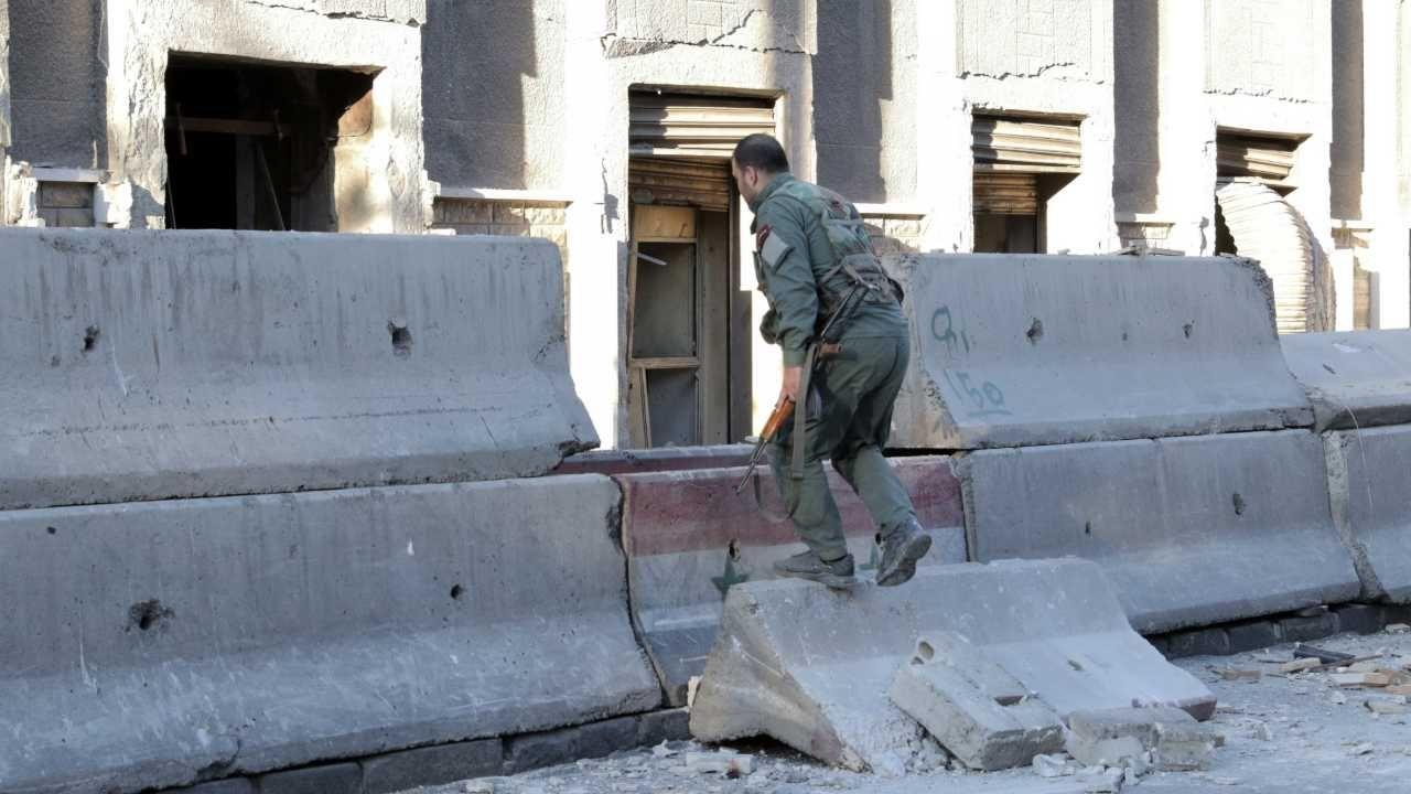 Podejrzenie pada na tzw. Państwo Islamskie (fot. arch.PAP/EPA/YOUSSEF BADAWI)