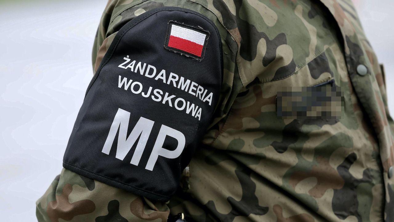 W czynnościach w Braniewie brała udział Żandarmeria Wojskowa (fot. arch.PAP/Tomasz Gzell)