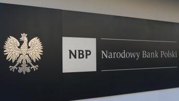Narodowy Bank Polski jest bankiem centralnym Rzeczypospolitej Polskiej (fot. Artur Widak/NurPhoto via Getty Images)