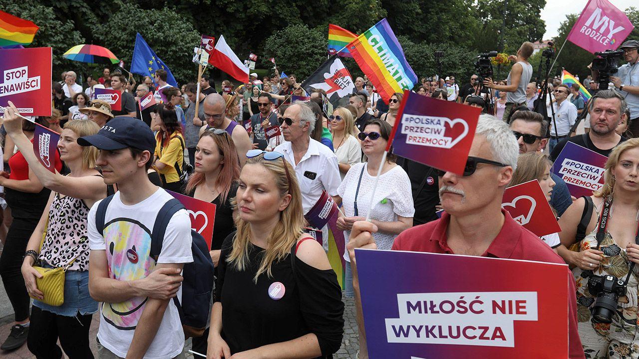 """""""Osoby związane z Fundacją PIRS nie organizowały żadnej blokady tzw. »Marszu Równości«"""" – pisze Fundacja (fot. arch.PAP/Artur Reszko)"""