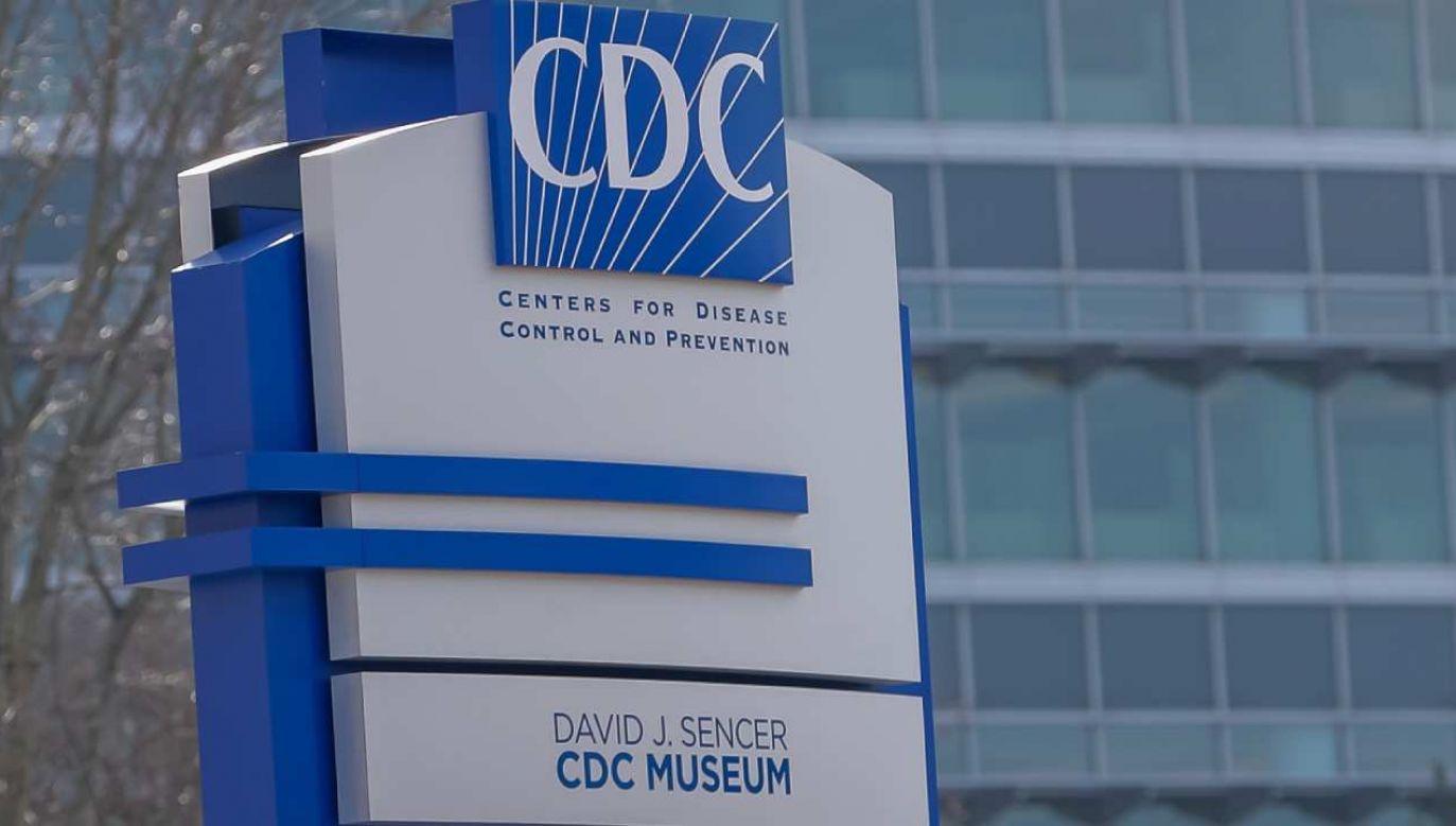 Centrum Kontroli i Zapobiegania Chorobom (CDC) ostrzega przed szybko rozprzestrzeniającą się mutacją wirusa  (fot. PAP/EPA/ERIK S. LESSER)