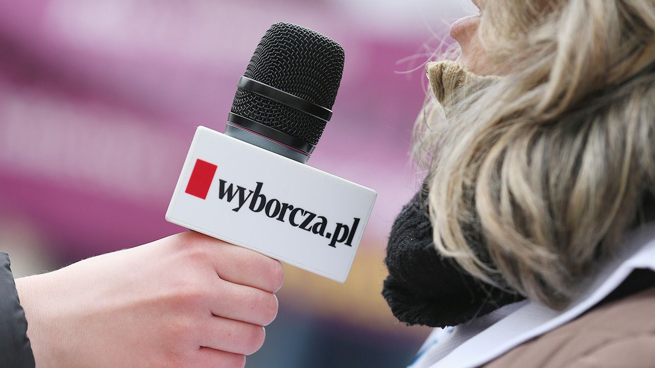 """""""Piszcie: listy@wyborcza.pl"""" – zachęcała do komentowania redakcja """"Gazety Wyborczej"""" (fot. Sean Gallup/Getty Images)"""