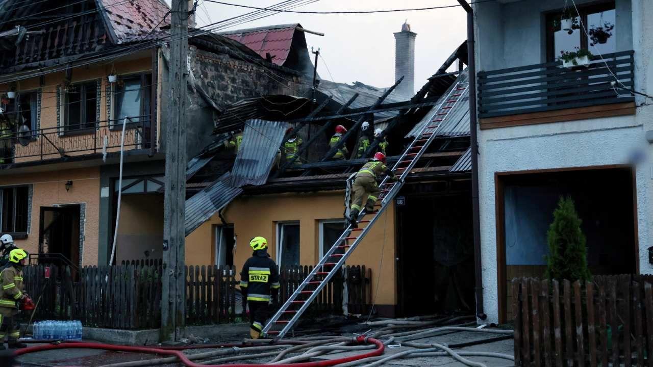 Zapaleniu uległo 21 budynków mieszkalnych (fot. PAP/Grzegorz Momot)