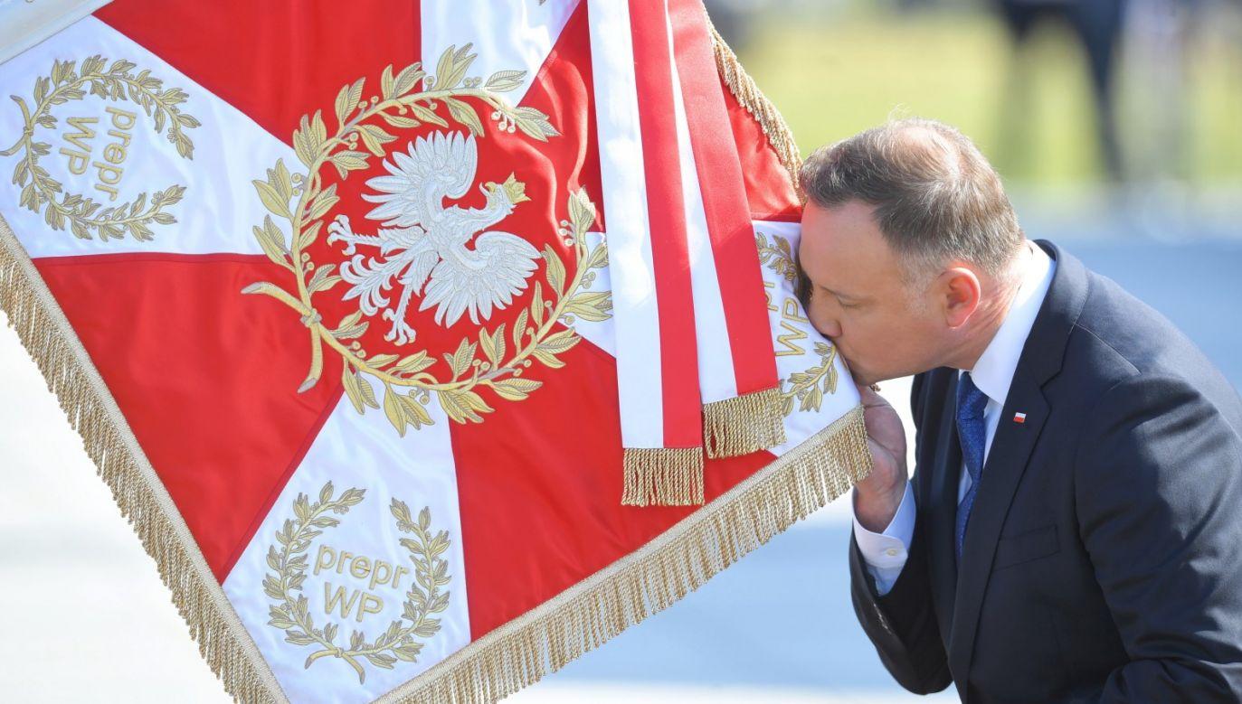 Tematem programu było  zaprzysiężenie prezydenta RP (fot. PAP/Radek Pietruszka)