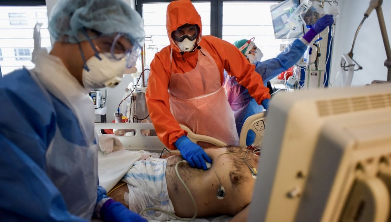 Badania długofalowych skutków przebycia COVID-19 dla zdrowia są dopiero u swego początku, dlatego trudno o wiarygodne podsumowania oparte o wielkie liczby pacjentów i dane kliniczne zebrane z wielu ośrodków (fot. Omar Marques/Getty Images)