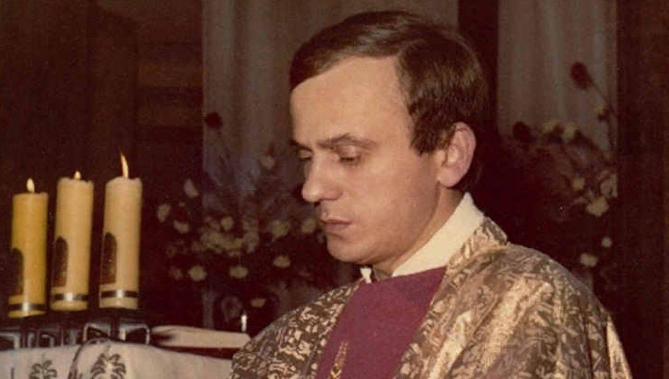 Bp Józef Guzdek wspominał ks. Popiełuszkę podczas mszy św. upamiętniającej 35. rocznicę śmierci kapłana (fot. diecezja.rzeszow.pl)