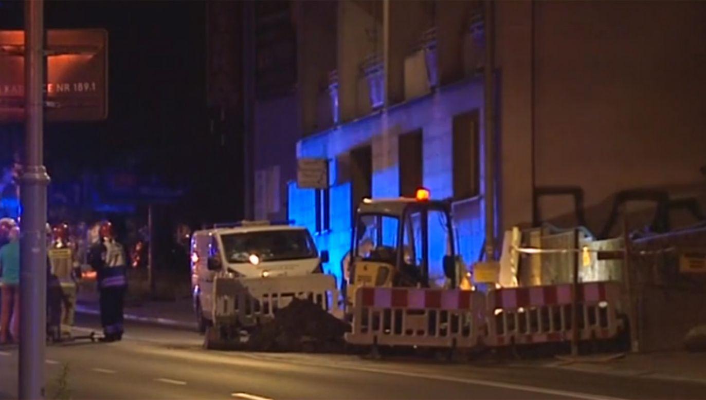 Blisko 90 osób zostało ewakuowanych  z dwóch budynków przy ul. Mikołowskiej w Katowicach (fot. TVP Info)