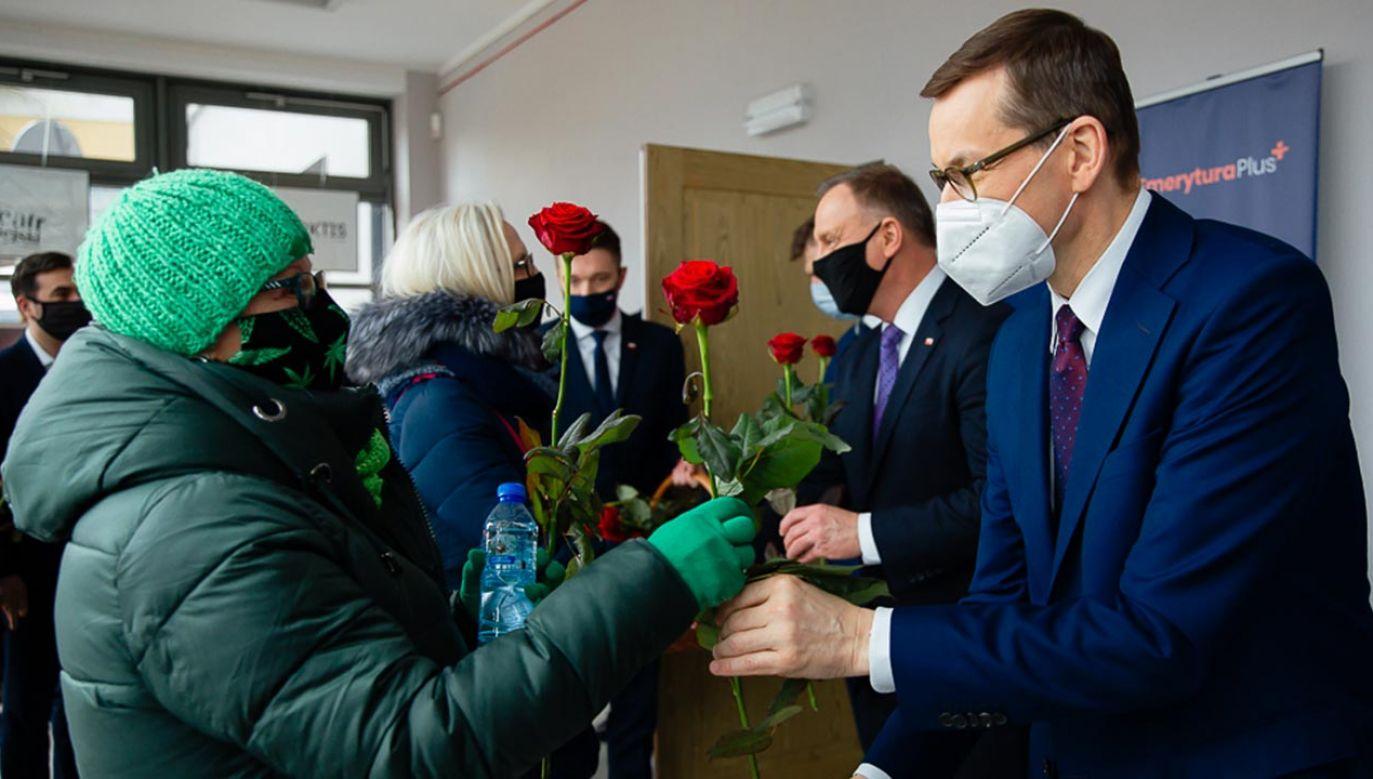 Mateusz Morawiecki złożył życzenia wszystkim Paniom (fot. Krystian Maj/KPRM)