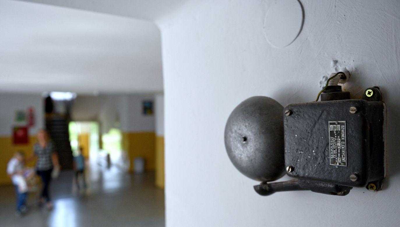 Sytuacja miała mieć miejsce w szkole w Toruniu (fot.PAP/arch/DAREK DELMANOWICZ)