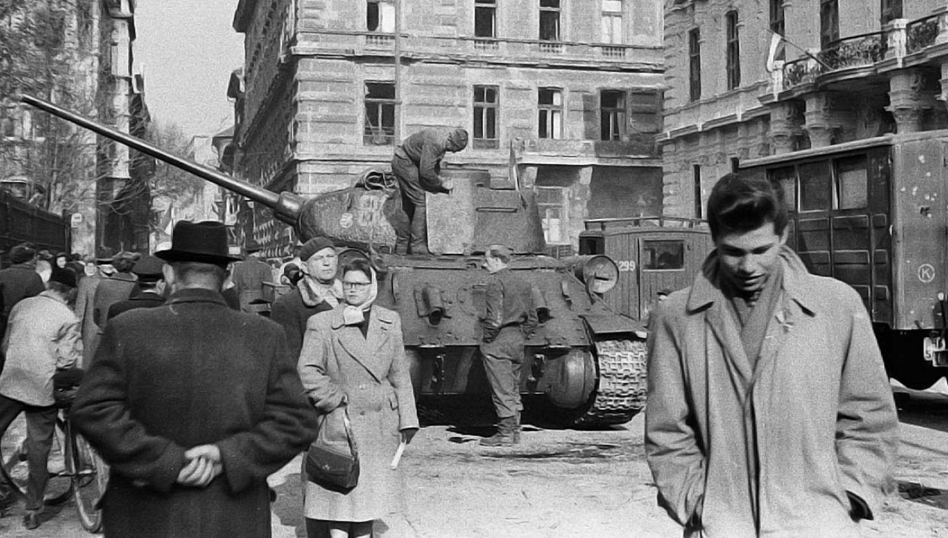Rewolucja 1956 roku została krwawo stłumiona (fot. Wiki 3.0/FORTEPAN / Madarász Géza)