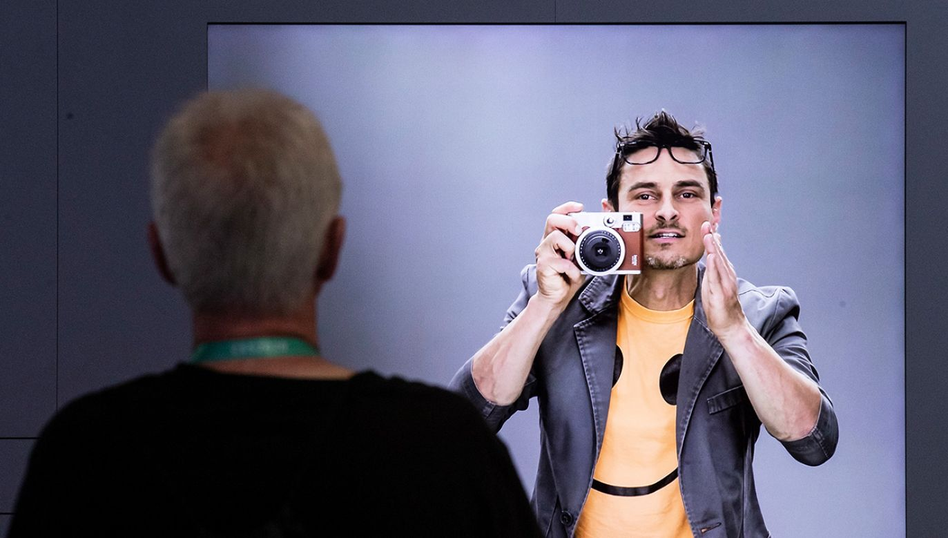 Na targach CES 2020 pokazano prototyp sztucznego człowieka (fot. PAP/EPA/ETIENNE LAURENT)