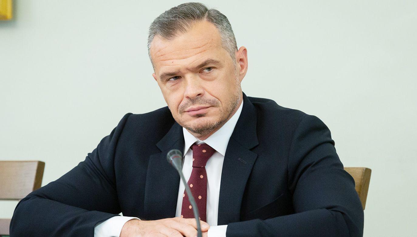 W prowadzonym przez Prokuraturę Okręgową w Warszawie śledztwie Nowak usłyszał dotychczas 17 zarzutów (fot. Forum/Mateusz Wlodarczyk)