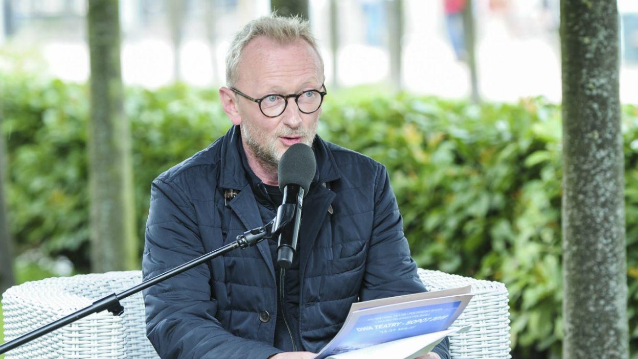 """Opowiadania autora """"Dziennika pisanego nocą"""" czytał także Andrzej Mastalerz (fot. Natasza Młudzik/TVP)"""