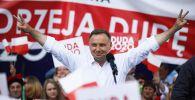 Starający się o reelekcję prezydent Andrzej Duda apelował o udział w drugiej turze wyborów (fot. PAP/Łukasz Gągulski)