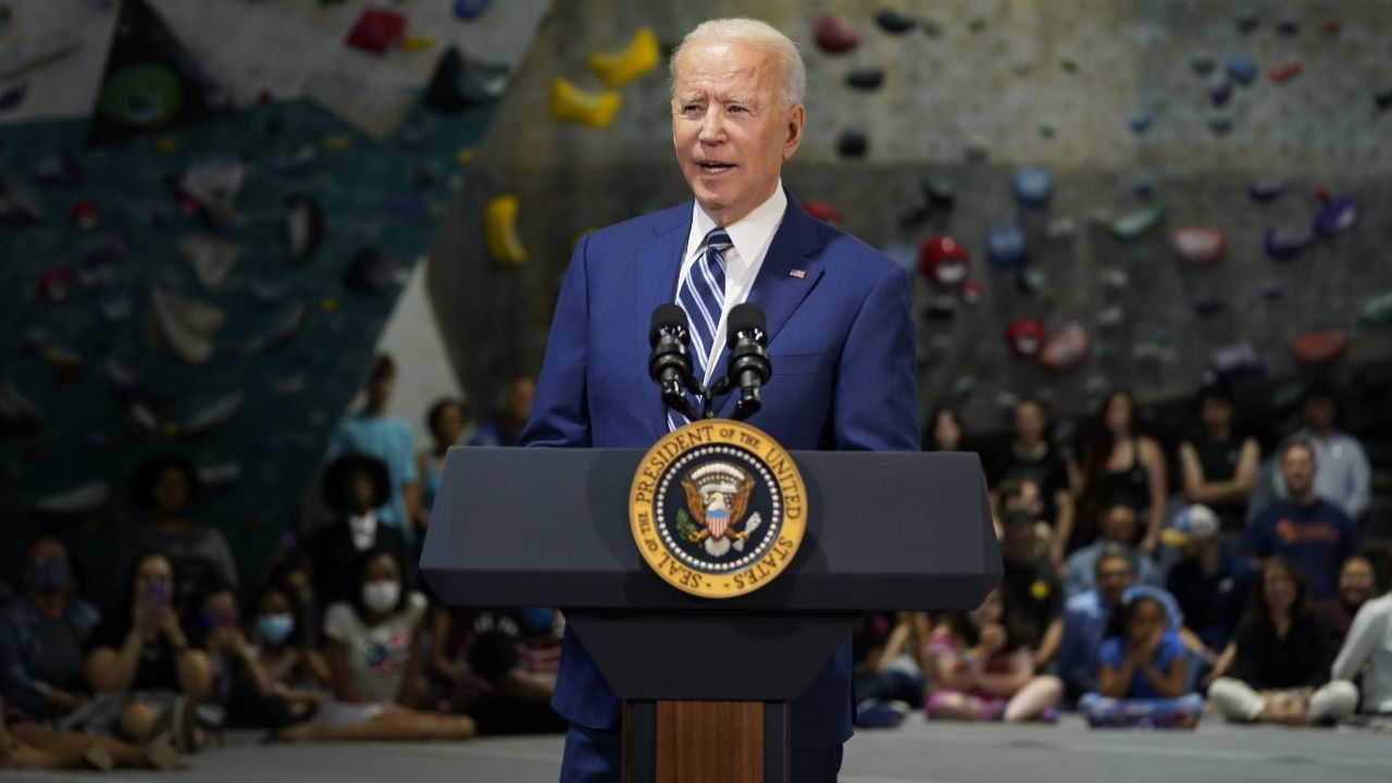 Prezydent USA Joe Biden się nie popisał (fot. PAP/EPA/Chris Kleponis / POOL)