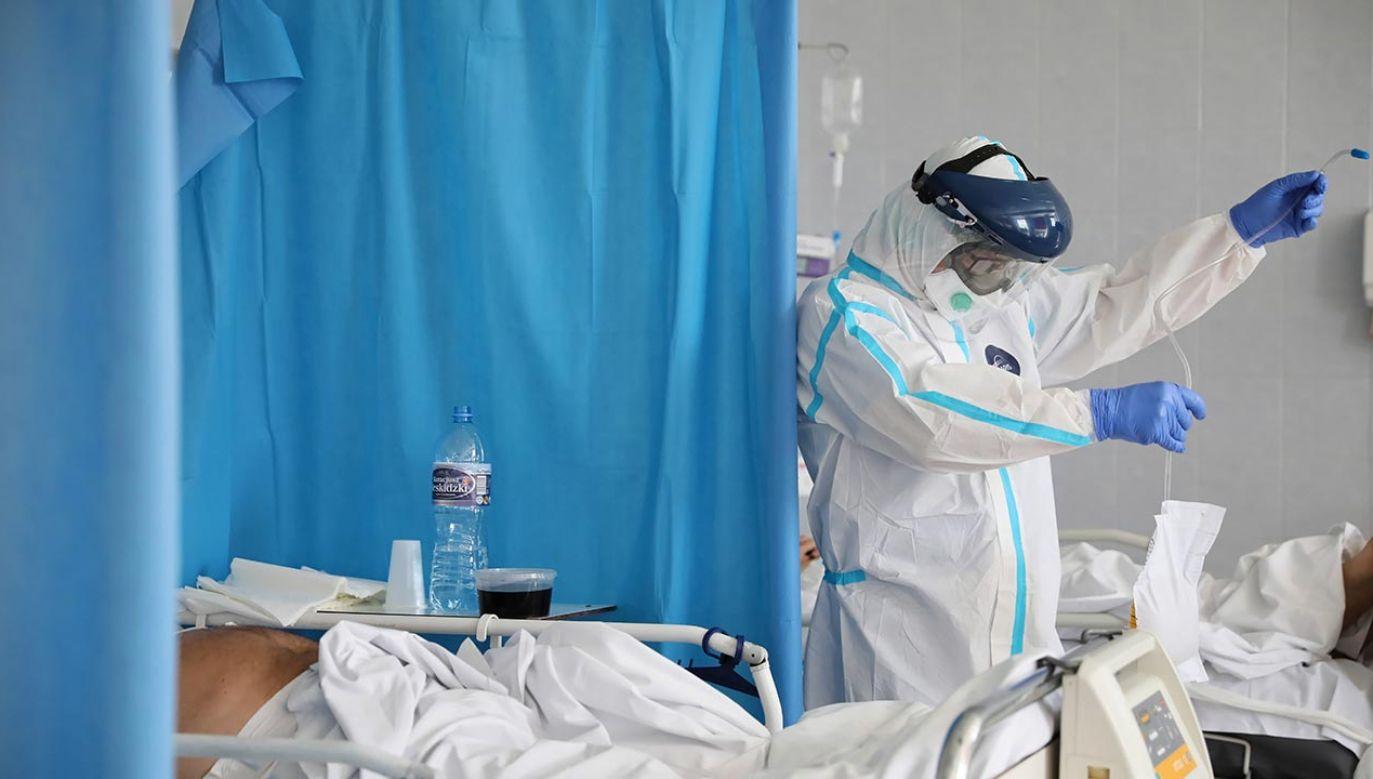 Najnowsze dane resortu zdrowia (fot. PAP/Leszek Szymański)