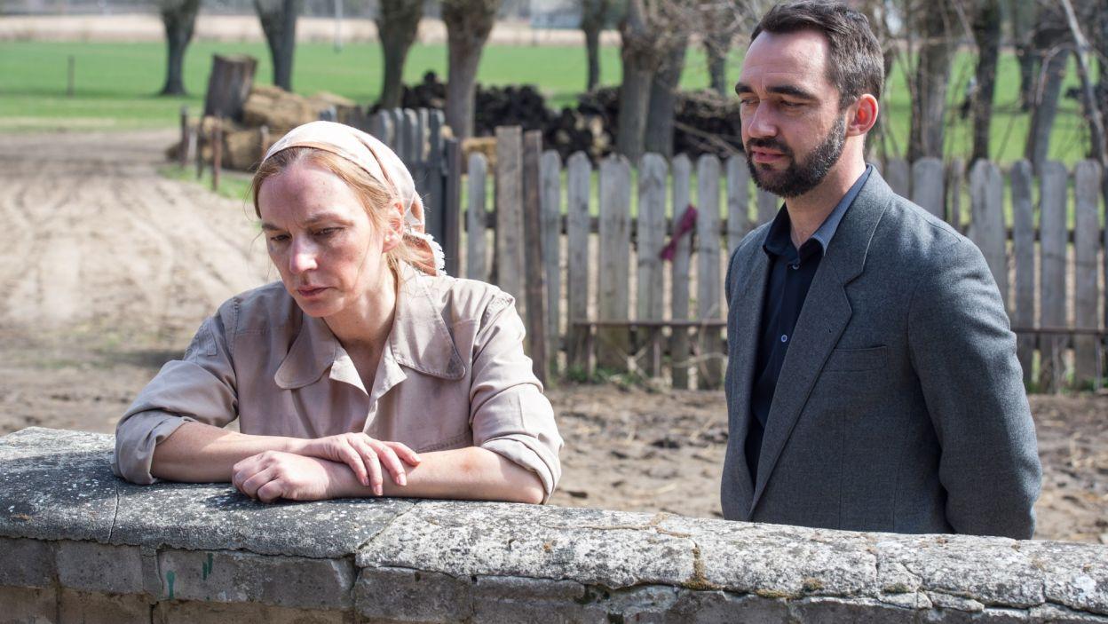 Rozmowa z Marią skłania Georga do przemyślenia planów co do spuścizny po ojcu (fot. Jan Bogacz/TVP)