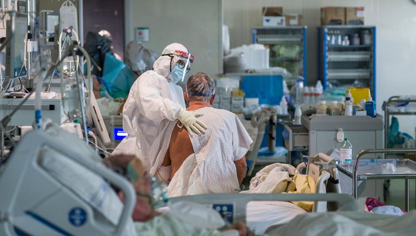 Dwie chińskie szczepionki mniej skuteczne przeciwko wariantowi Delta (fot. Michele Lapini/Getty Images)