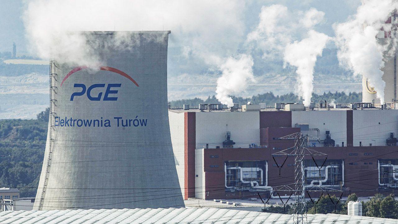 Tereny Elektrowni Turów w Bogatyni (fot. PAP/A.Koźmiński)