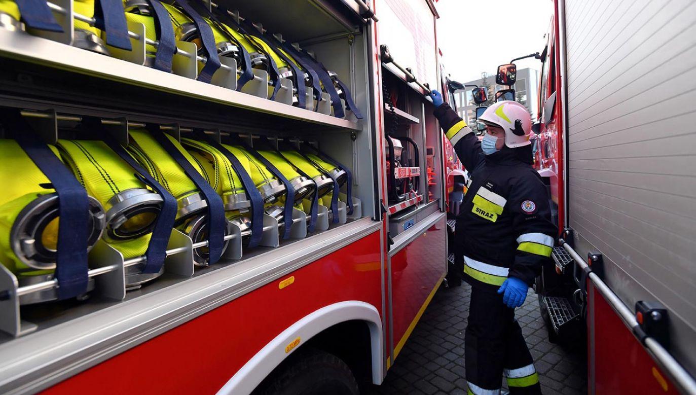 Od gazu i prądu odcięto okoliczne bloki (fot. PAP/Marcin Bielecki, zdjęcie ilustracyjne)