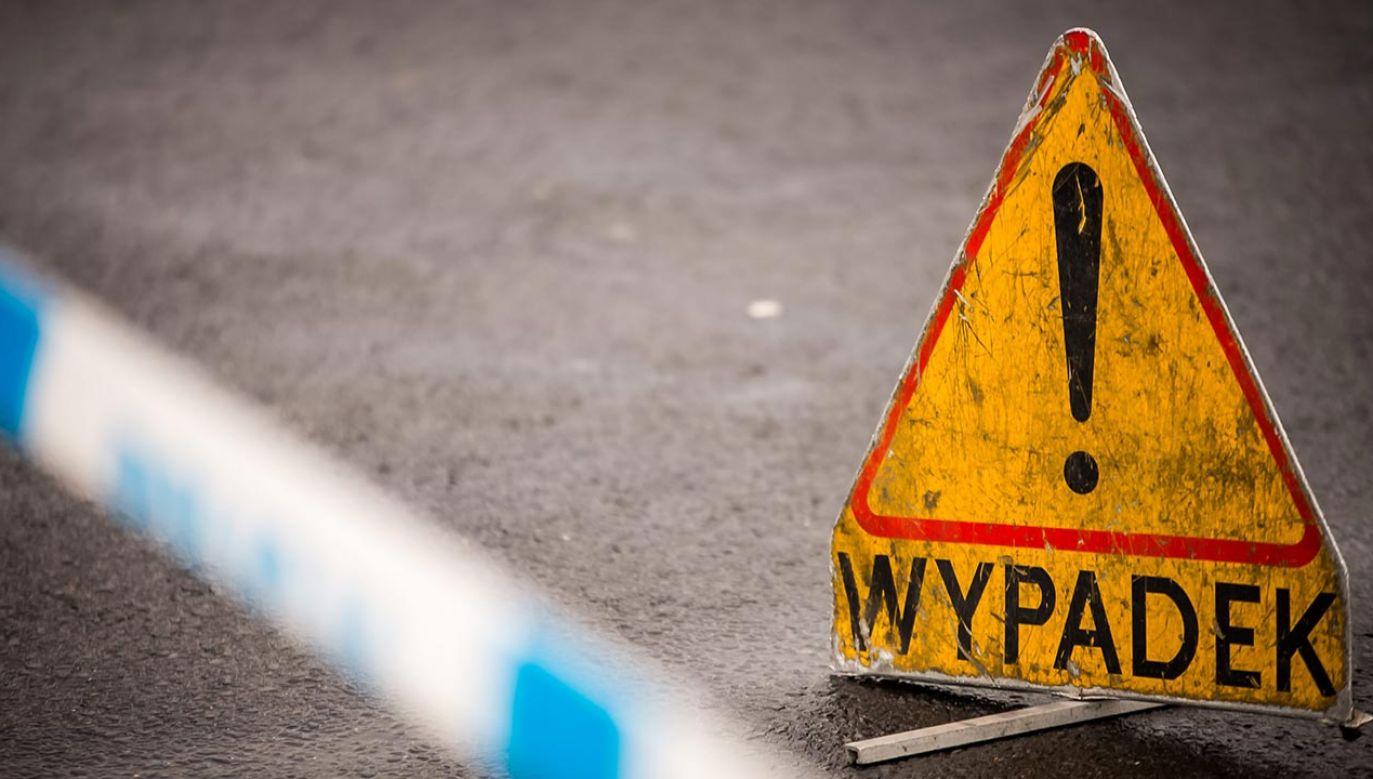 Do wypadku doszło przed  godz. 7.00 (fot. PAP/Tytus Żmijewski)