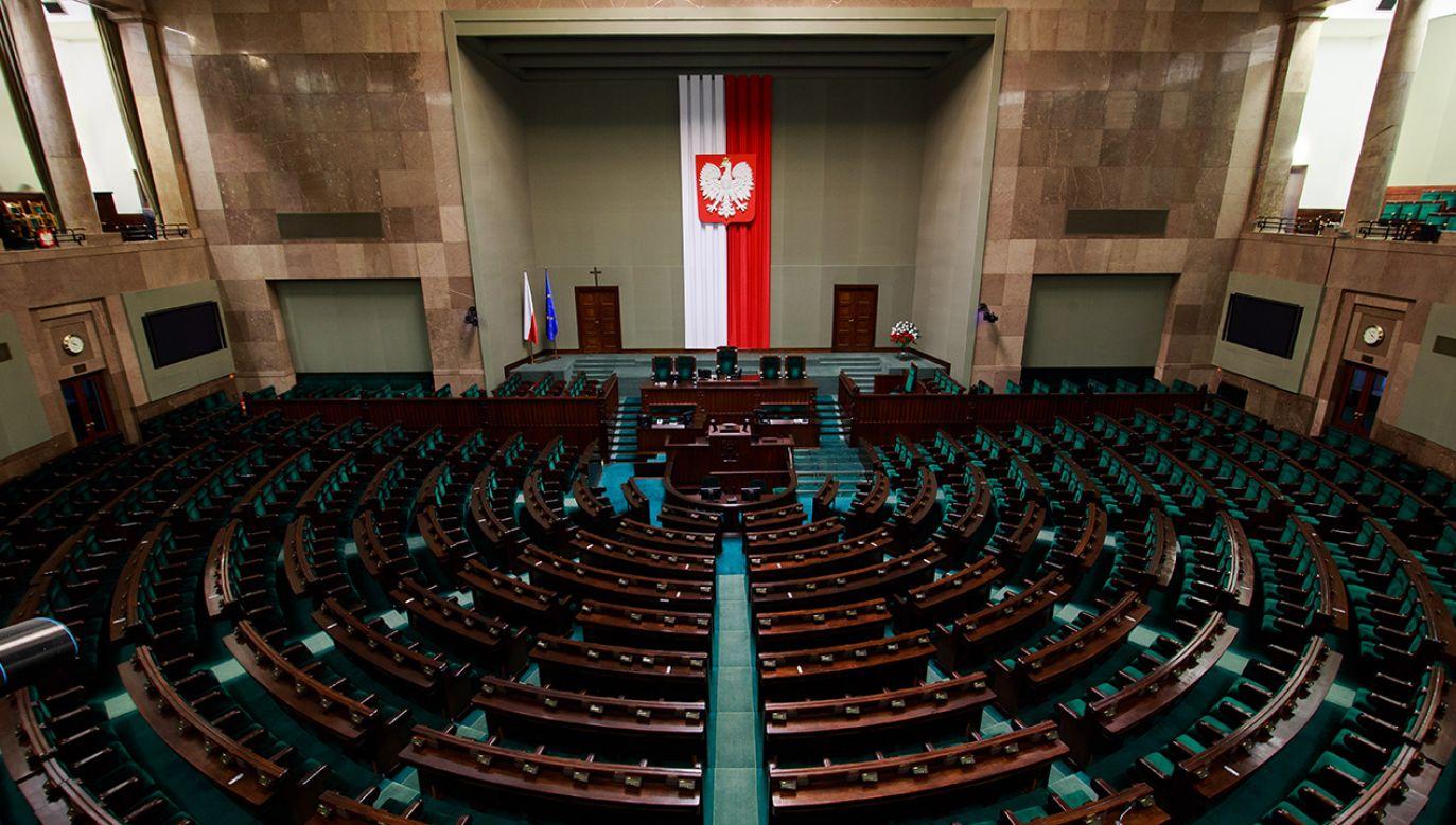 To najszybciej podane wyniki elekcji parlamentarnej od 30 lat (fot. Shutterstock/Verconer)