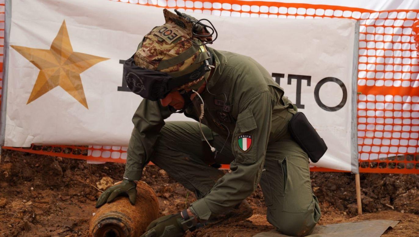Wojsko włoskie rozbroiło bombę z II wojny światowej (fot. Twitter/Esercito Italiano)