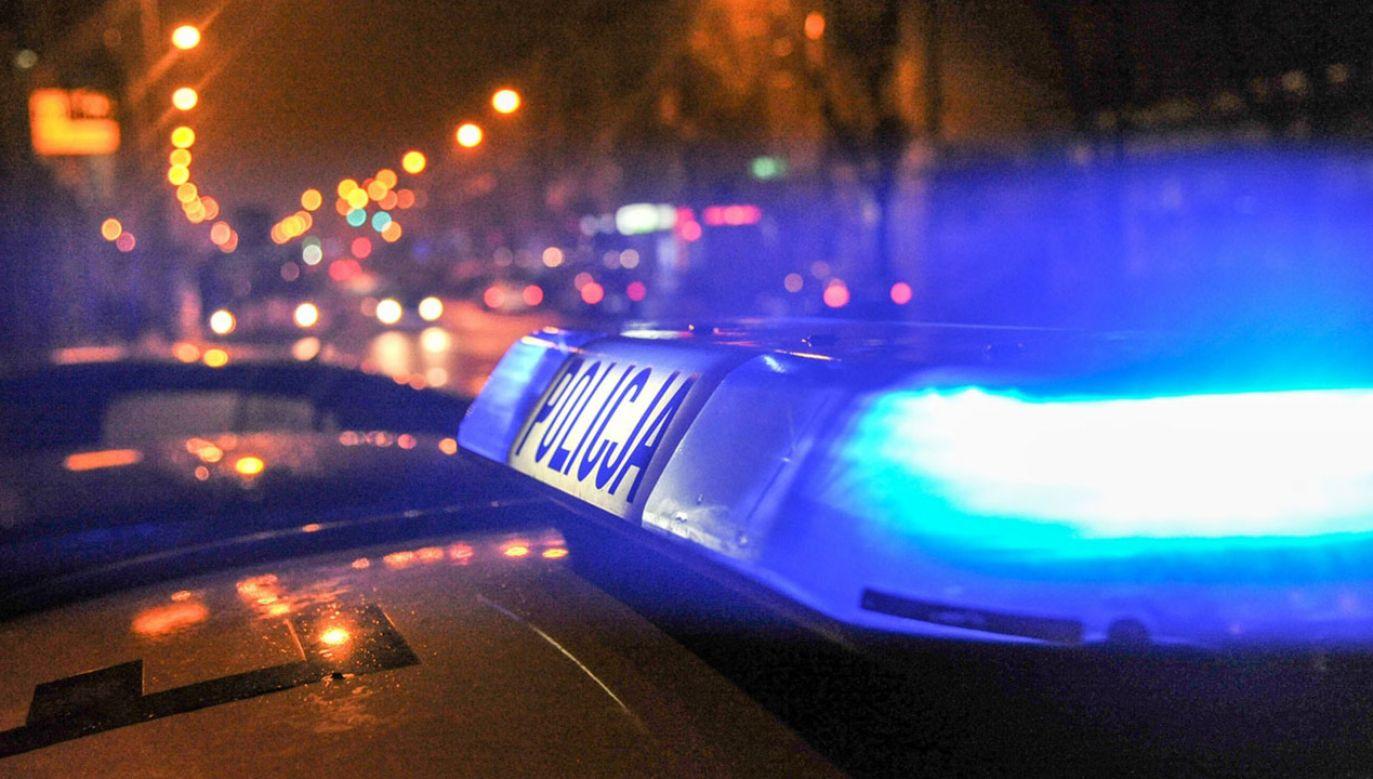Na miejsce przyjechali funkcjonariusze policji i kilka zastępów straży pożarnej (fot. policja.pl)